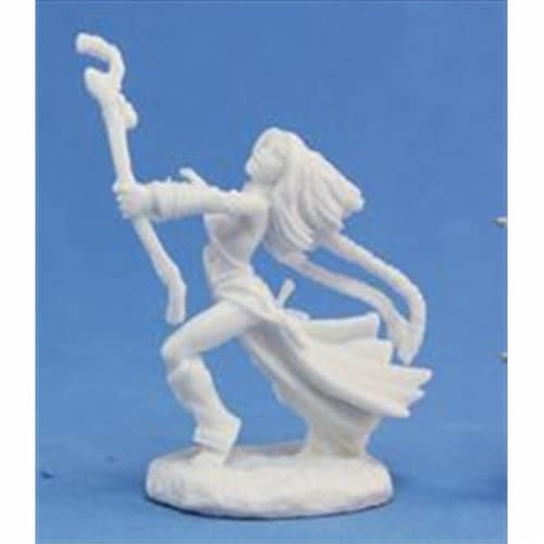 Reaper Miniatures 89006 Bones - Path Finder Seoni, Iconic Sorceress Miniature Perspective: front