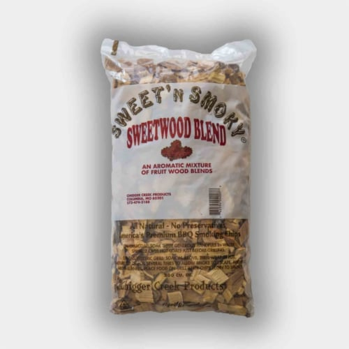 Chigger Creek Sweet' N Smoky All Natural Sweetwood Wood Smoking Chips 200 cu. in. - Case Of: Perspective: front