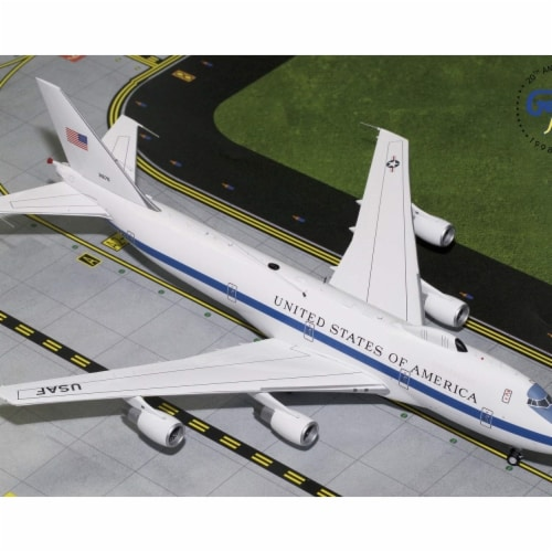 Gemini200 G2AFO761 USAF Air Force Boeing E4B Scale 1 by 200 73-1676 Diecast Model Airplane Perspective: front