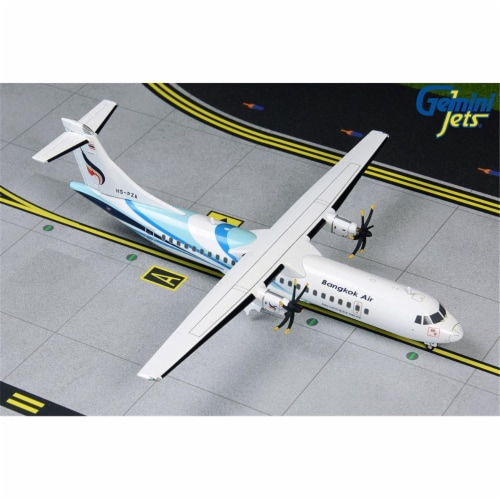 Gemini200 G2BKP821 Bangkok Airways ATR-72-600 1-200 Reg HS-PZA Model Airplane Perspective: front