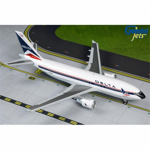Gemini200 G2DAL860 Delta Airbus A310-300 1-200 Reg N818PA Model Airplane Perspective: front