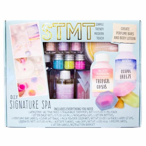 STMT D.I.Y Signature Spa Set Perspective: front