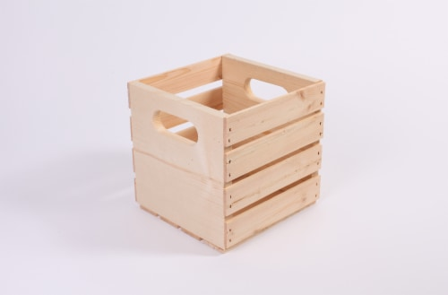 Pine Cube Crate Perspective: front