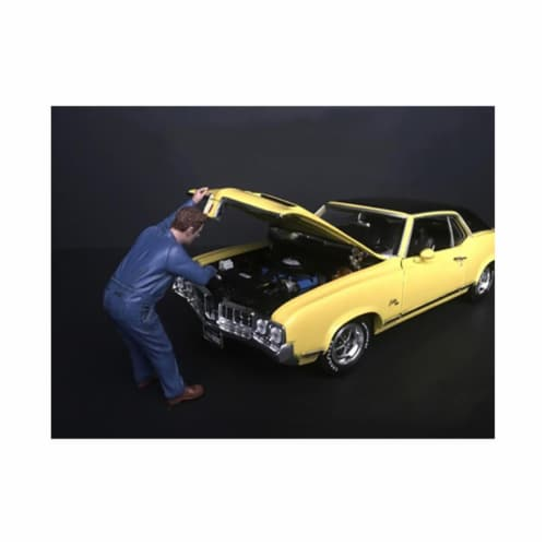 Mechanic Frank Under the Hood Figurine for 1-24 Scale Model Perspective: front