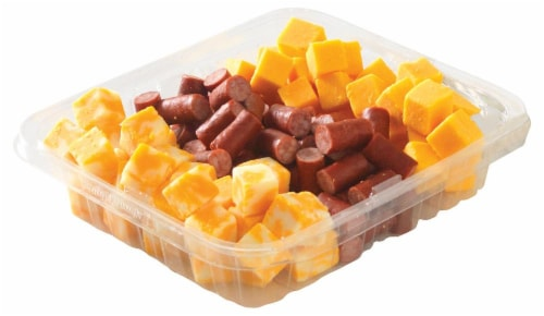 Fresh Kitchen Beef & Cheese Snack Bite Tray Perspective: front