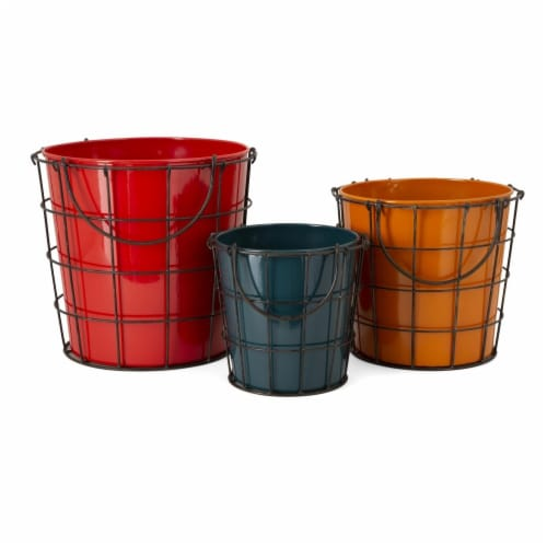 IMAX 90415-3 Farmstead Planters - Set of 3 Perspective: front