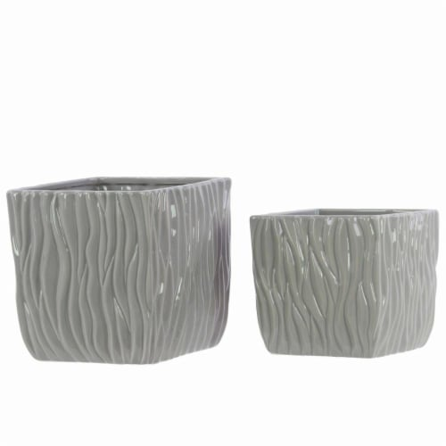 Cheungs 5660GR Rippled Ceramic Planter, Gray Perspective: front