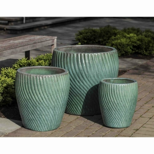 Cheungs 5662GRN Celadon Curved Ceramic Planter, Green Perspective: front