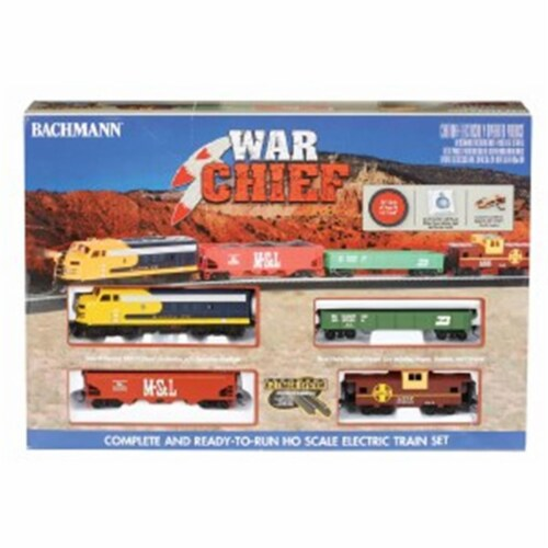 Bachmann BAC00746 HO War Chief Train Set Perspective: front