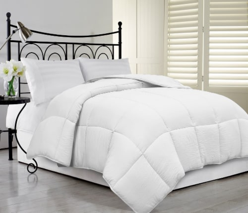 Microfiber Oversized Super Fluff Comforter - White Perspective: front