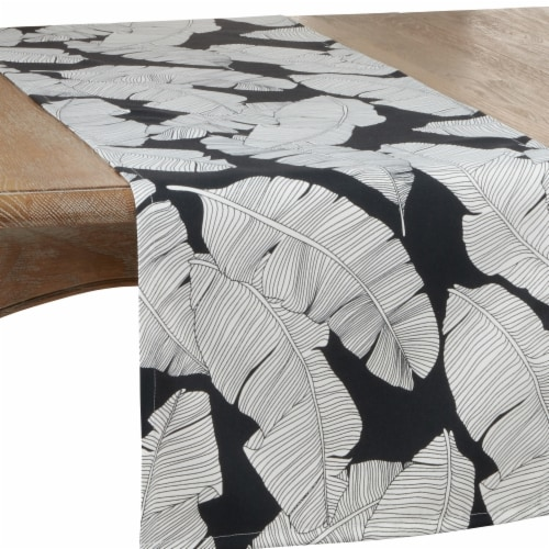 SARO 1934.BW1672B 16 x 72 in. Oblong Outdoor Runner with Black & White Banana Leaf Design Perspective: front
