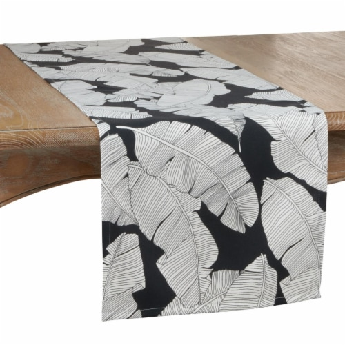 SARO 1934.BW1690B 16 x 90 in. Oblong Outdoor Runner with Black & White Banana Leaf Design Perspective: front