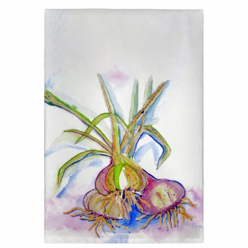 Betsy Drake GT1101 Vidalia Onions Guest Towel Perspective: front