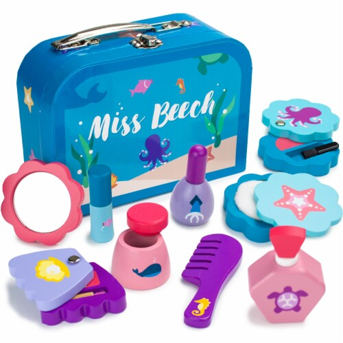 Miss Beech's Beauty Bag Perspective: front