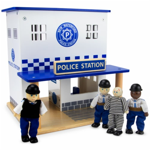 Crime Busters Police Station Perspective: front