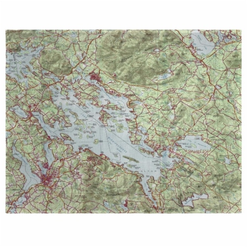 Betsy Drake PM967 14 x 18 in. Lake Winnipesaukee, NH Nautical Map Place Mat - Set of 4 Perspective: front