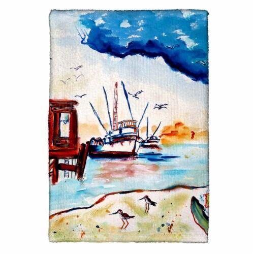 Betsy Drake KT488 Dock & Shrimp Kitchen Towel Perspective: front
