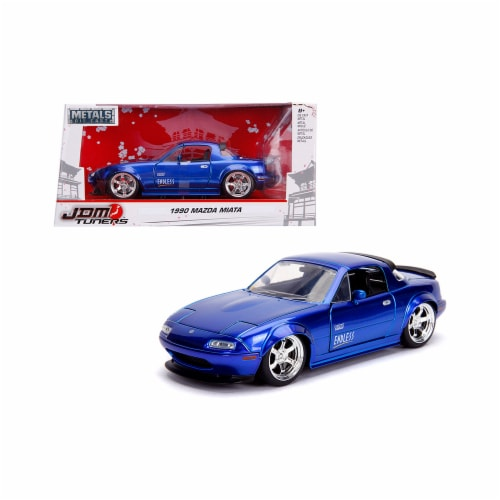 Jada 30942 1 by 24 Scale Diecast for 1990 Mazda Miata Endless Model Car, Candy Blue Perspective: front