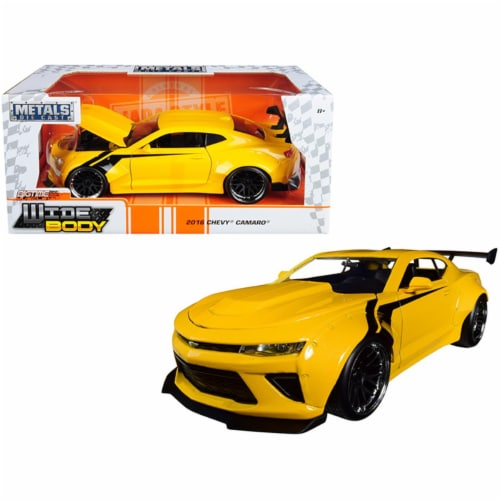 Jada 31064 2016 Chevrolet Camaro Widebody Metallic Yellow with Black Stripes Big Time Muscle Perspective: front