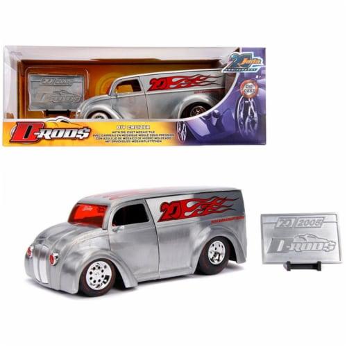 Jada 31078 Div Cruizer Van Metal Raw D-Rods Jada 20th Anniversary 1 by 24 Diecast Model Car Perspective: front