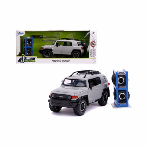 Jada 31557 Toyota FJ Cruiser with Roof Rack Gray with Extra Wheels Just Trucks Series 1 by 24 Perspective: front