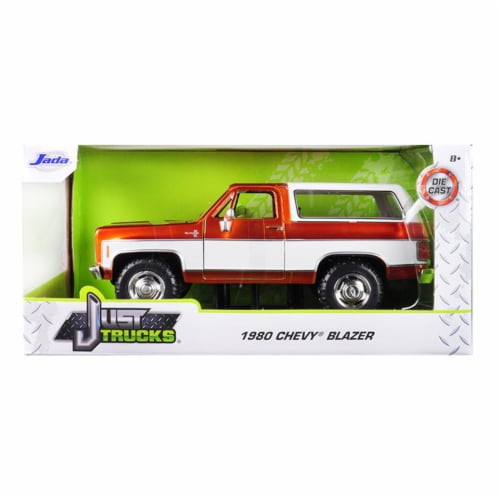 Jada 31591-MJ 1980 Chevrolet Blazer K5 Copper & White Just Trucks 1 by 24 Diecast Model Car Perspective: front