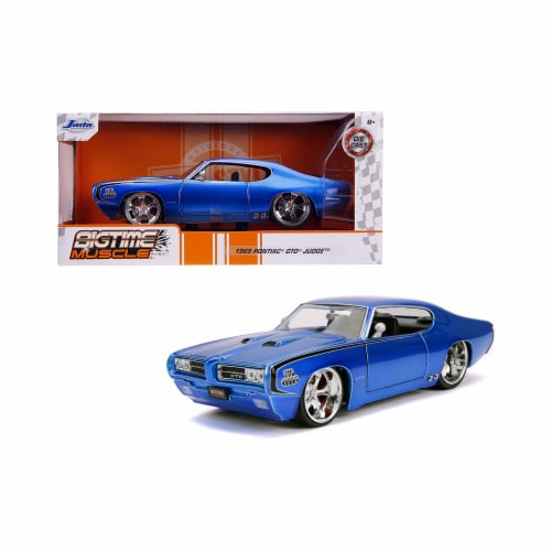 Jada 31667 1969 Pontiac GTO Judge Blue Bigtime Muscle 1-24 Diecast Model Car Perspective: front