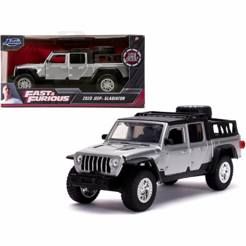 Jada 32031 2020 Jeep Gladiator Pickup Truck Silver with Black Top Fast & Furious Movie 1-32 D Perspective: front