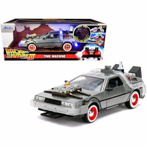 Jada 32166 DeLorean Brushed Metal Time Machine with Lights Back to the Future Part III 1990 M Perspective: front