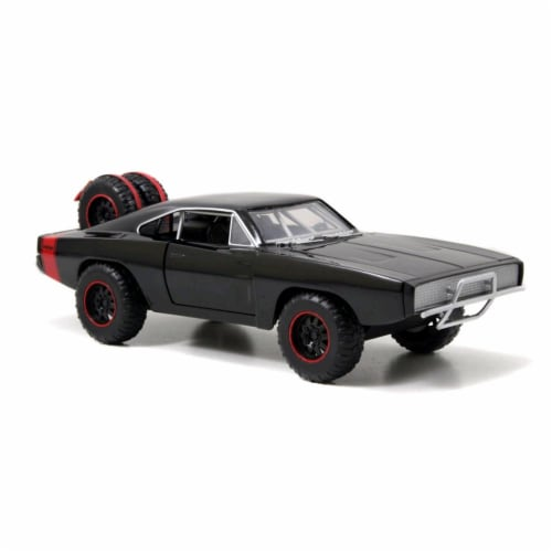 Jada 97038 Doms 1970 Dodge Charger R & T Off Road Version Fast & Furious 7 Movie 1-24 Diecast Perspective: front