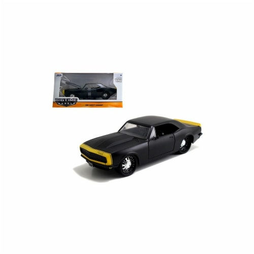 Jada 97170bk 1967 Chevrolet Camaro Matt Black Yellow 1-24 Diecast Model Car Perspective: front