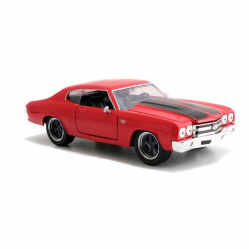 Dom\'s Chevrolet Chevelle SS Red \Fast & Furious\ Movie 1/24 Diecast Model Car by Jada Perspective: front