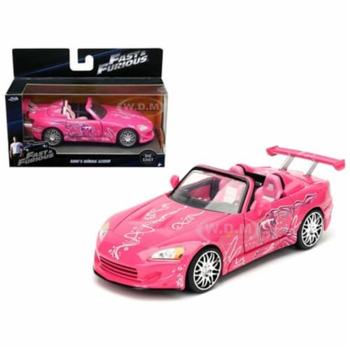 Jada 97610 Sukis 2001 Honda S2000 Fast & Furious Movie 1 by 32 Diecast Model Car - Pink Perspective: front