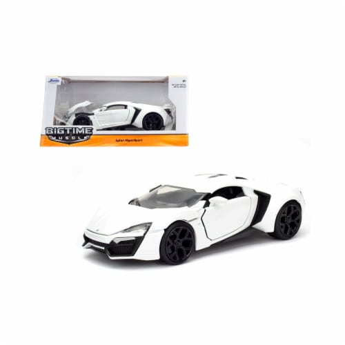 Jada 98028 1 by 24 Scale Diecast Lykan Hypersport White Model Car Perspective: front