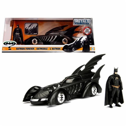 Jada Toys 98036 1 isto 24 1995 Batman Forever Batmobile with Diecast Batman Figure Model Car Perspective: front