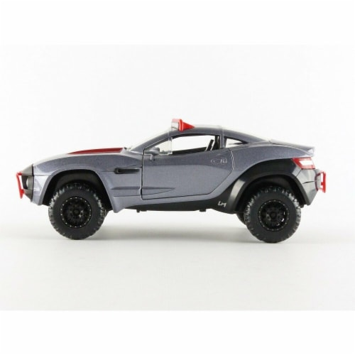 Jada Toys 98297 Fast & Furious 8 Diecast Lettys Rally Fighter Vehicle Perspective: front