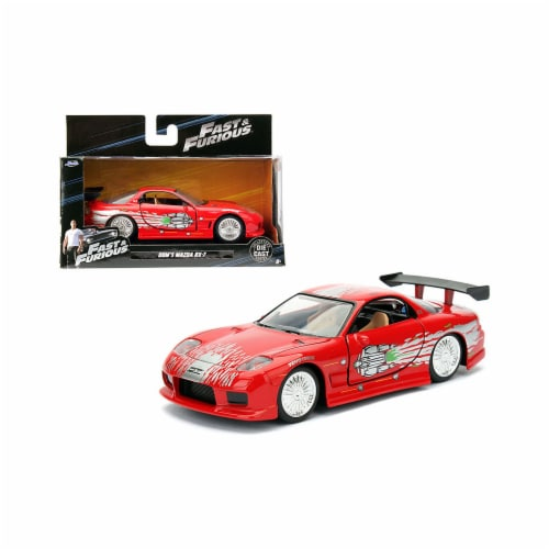 Jada Toys 98377 1 isto 32 Doms Mazda RX-7 Fast & Furious Movie Diecast Model Car, Red Perspective: front