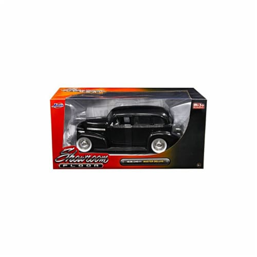 Jada 98880 1939 Chevrolet Master Deluxe Black with Baby Moon Wheels Showroom Floor 1 by 24 Di Perspective: front
