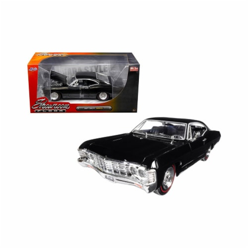 Jada Toys 98910 1 isto 24 1967 Chevrolet Impala Black Showroom Floor Diecast Model Car Perspective: front