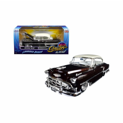Jada Toys 98916 1 isto 24 1953 Chevrolet Bel Air Lowrider Series Street Low Diecast Model Car Perspective: front