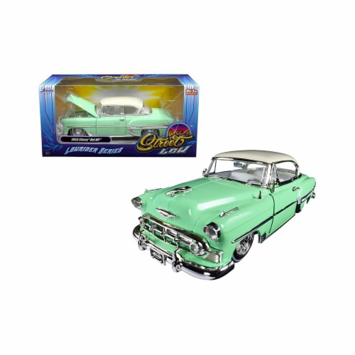 Jada Toys 98917 1 isto 24 1953 Chevrolet Bel Air Light Lowrider Series Street Low Diecast Mod Perspective: front