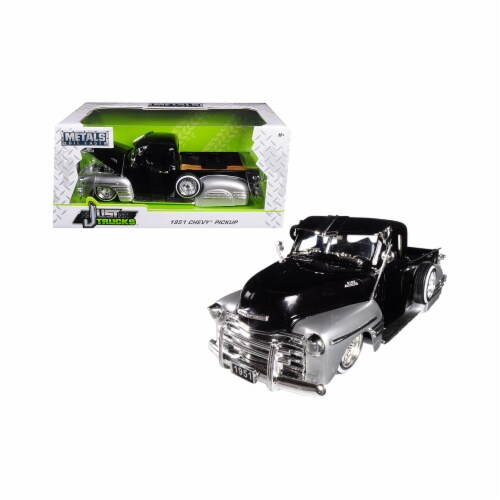 Jada Toys 99035 1 isto 24 1951 Chevrolet Pickup Truck Lowrider Diecast Car Model, Black & Sil Perspective: front