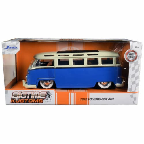 Jada 99056 1962 Volkswagen Bus Blue & Cream Bigtime Kustoms 1 by 24 Diecast Model Perspective: front