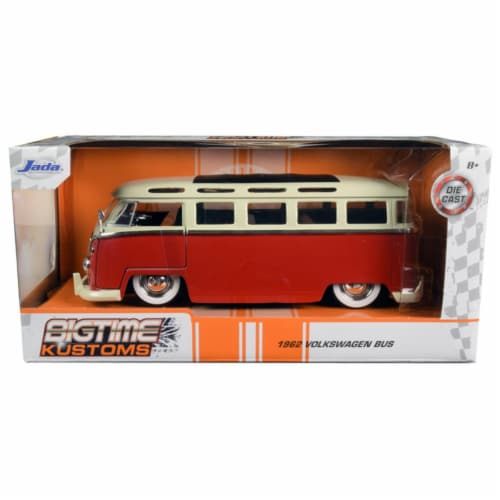 Jada 99058 1962 Volkswagen Bus Red & Cream Bigtime Kustoms 1 by 24 Diecast Model Perspective: front