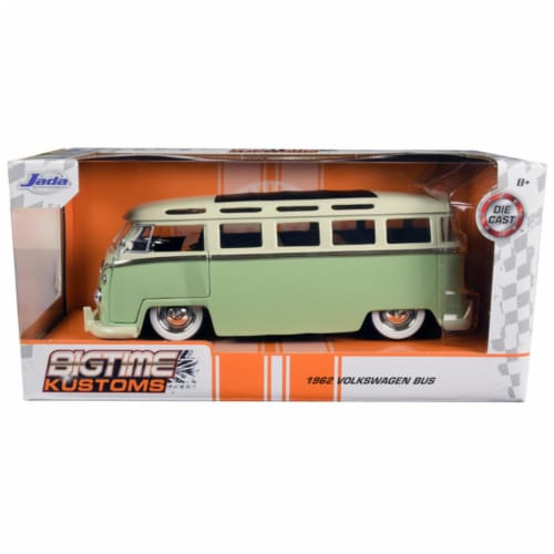 Jada 99064 1962 Volkswagen Bus Light Green & Cream Bigtime Kustoms 1 by 24 Diecast Model Perspective: front