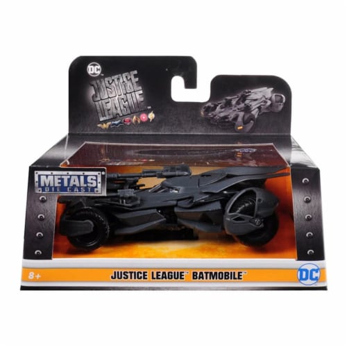 Jada Toys 99230 1 isto 32 Justice League Movie Batmobile Diecast Model Car Perspective: front