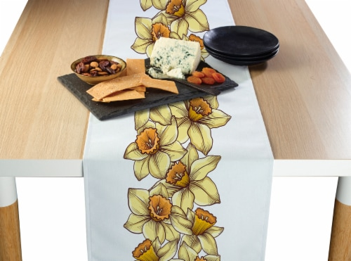 "Table Runner, 100% Polyester, 14x108"", Daffodil Garland Perspective: front"