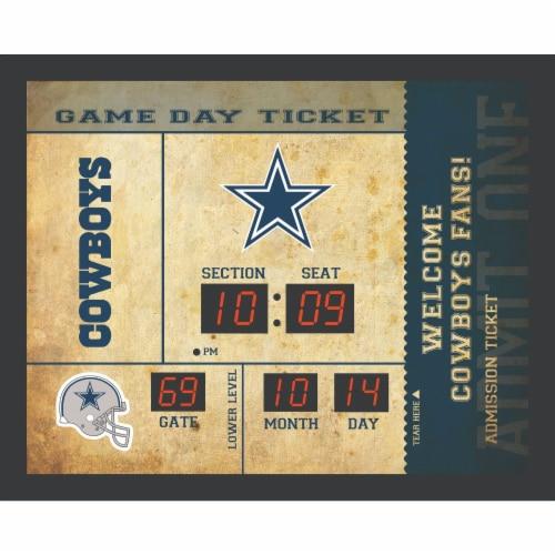 Dallas Cowboys Bluetooth Scoreboard Wall Clock Perspective: front