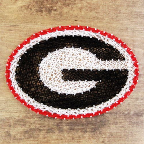Georgia Bulldogs Team Pride String Art Craft Kit Perspective: front
