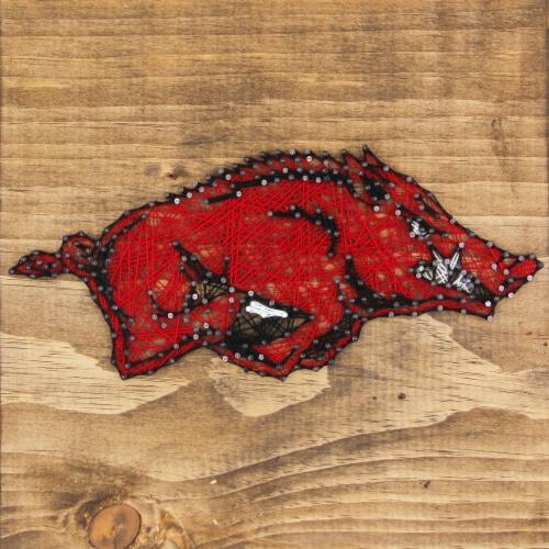Arkansas Razorbacks Team Pride String Art Craft Kit Perspective: front